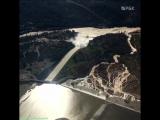 Дамба озера Орвилл в Калифорнии оказалась под угрозой прорыва