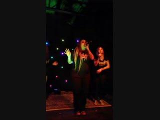 Razakel & The Slice Girls - Tiffany (Live Blood on my Chucks Tour, 2018) [HD 720]
