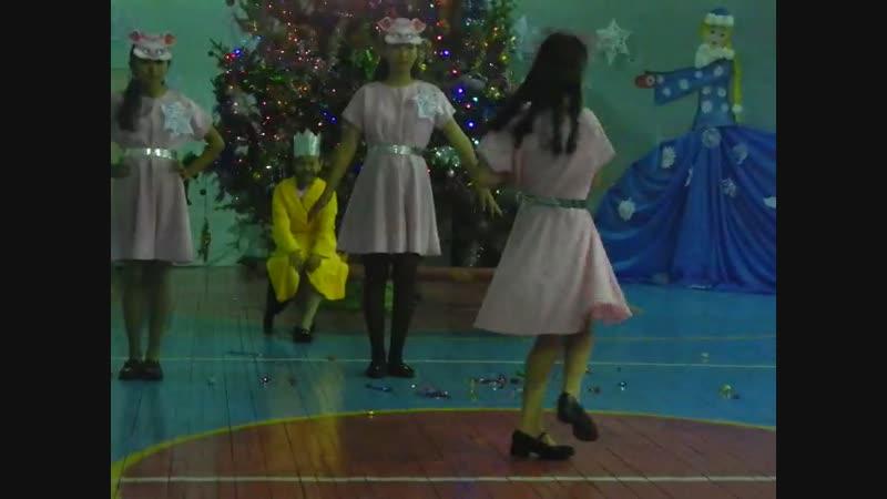 27/12/2018г. Новый год-2018 -8-б класс. Арган-оол Р.К.