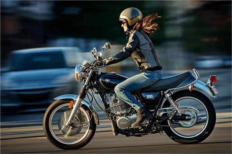 Yamaha SR400 отзывают из-за протечки масла