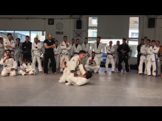 Rener Gracie rolling with a soon to be purplebelt
