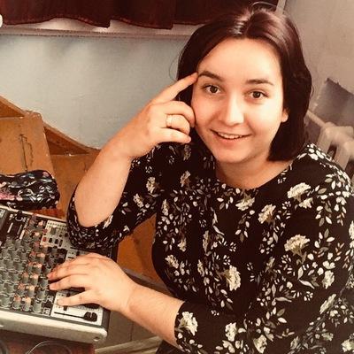 Елена Сазонова