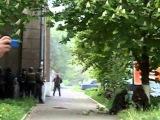 Армия и Нацгвардия Украины (в т.ч. Правый СЕКТОР) расстреливает МИЛИЦИЮ