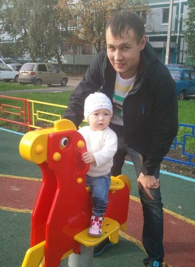 Динар Насыров, 24 февраля , Казань, id152213860