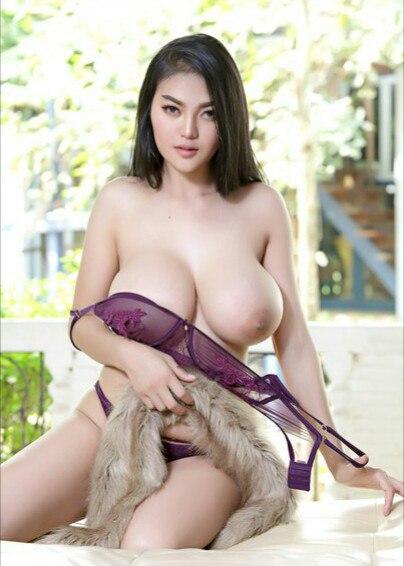 Hot babe having slow sex khiu dm