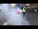 Gilets jaunes et barricades