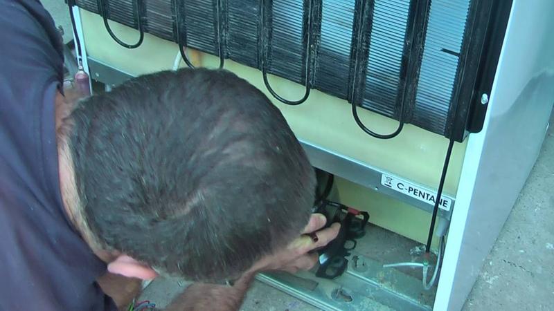 Замена компрессора на холодильнике самсунг.фреон r600.Վերանորոգում սառնարանների
