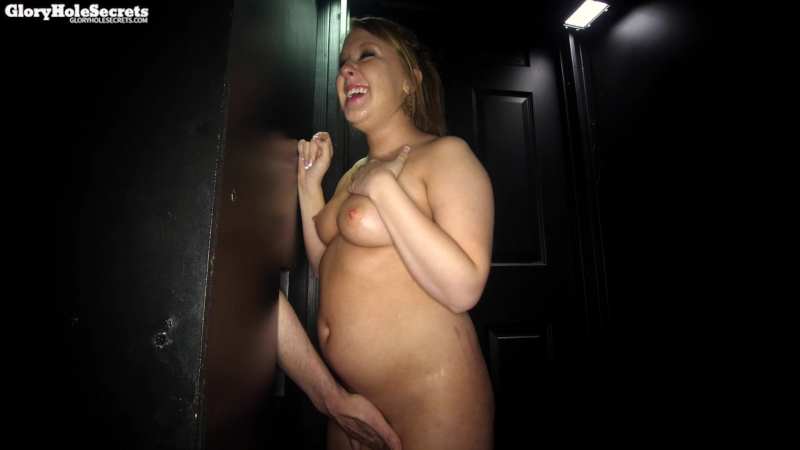 Pregnant girl gets ready to do a gloryhole