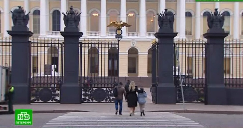 Медленно и с протестами: в Русском музее начинается масштабный переезд экспонатов