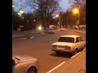 2Боец ММА Александр Емельяненко, в состоянии алкогольного опьянения, был задержан в Кисловодске в результате ДТП