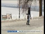 На коньках вокруг кремля - такое стало возможно, но мало кто этому рад.