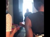 Lauren Cohan and Danai Gurira deliver pizza to a Walking Dead fan at Comic-Con