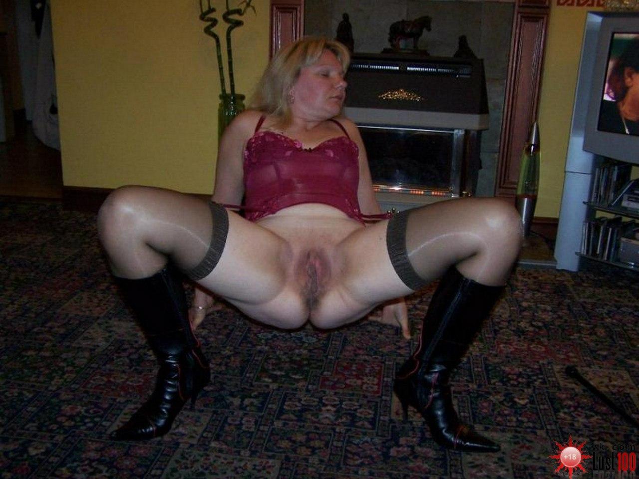 Смотреть бесплатно онлайн зрелые мамочки в деле эротика 29 фотография