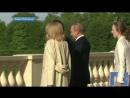 Владимир Путин и Эмманюэль Макрон проводят встречу в Константиновском дворце