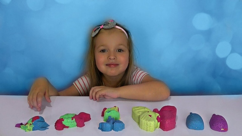 Liza play Kinetic sand Learn Colors video for kids