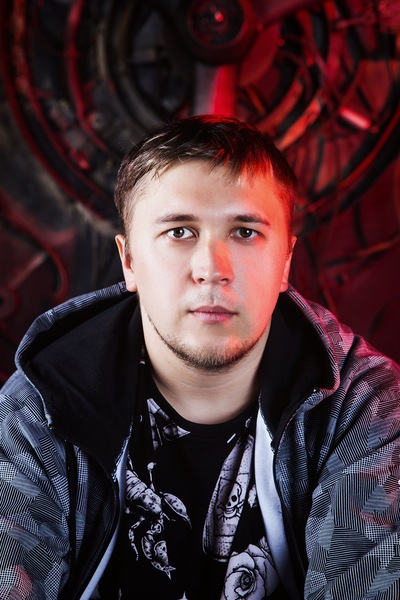 Евгений Мельник