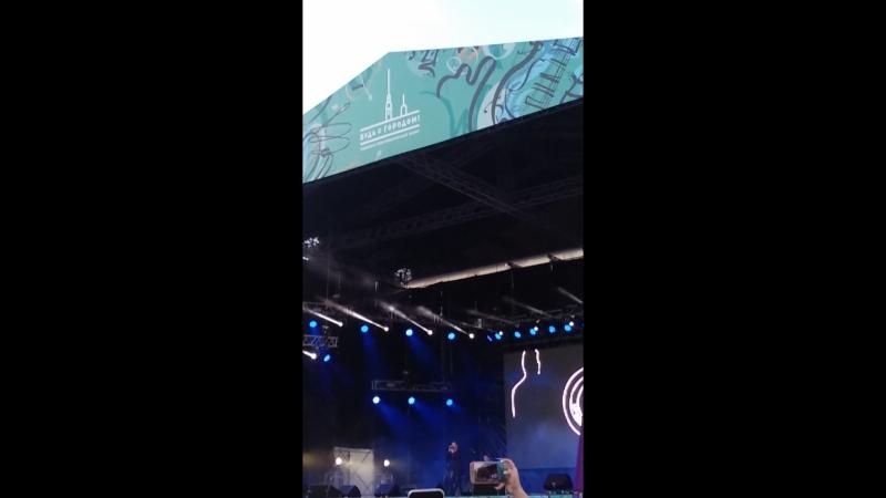 Концерт Сергея Лазарева на Дворцовой...