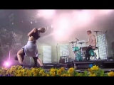MØ — «Cold Water» и «9 After Coachella» (Live at «Smukfest»)