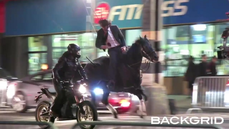 Keanu Reeves doing his own horseback stunts for JOHN WICK 3