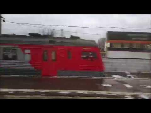 Поездка на поезде,вид из окна,перестук колес
