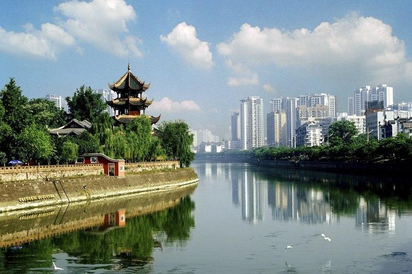 Стипендия на годичные языковые курсы в Чэнду, Сычуань (Набор закрыт)