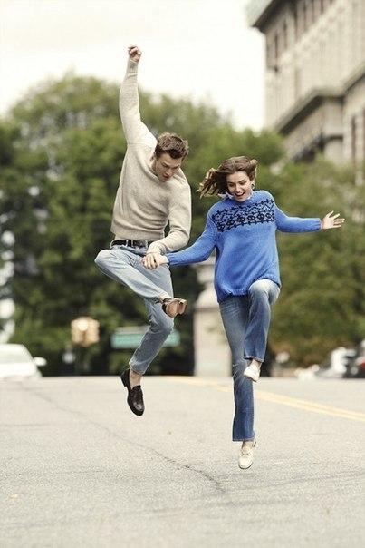 Андреа Диакон и Энсел Эльгорт для Vogue
