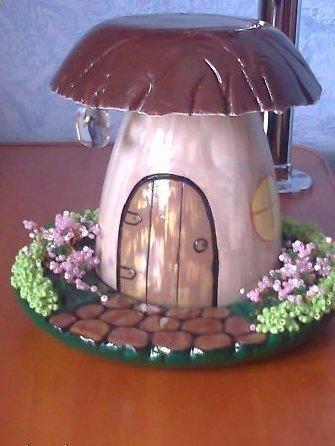 Гриб-домик на дачу