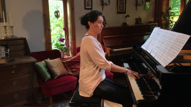 The Show Must Go On Queen (Piano Cover) Ulrika A. Rosén, piano.