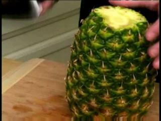 Как правильно и быстро очистить ананас