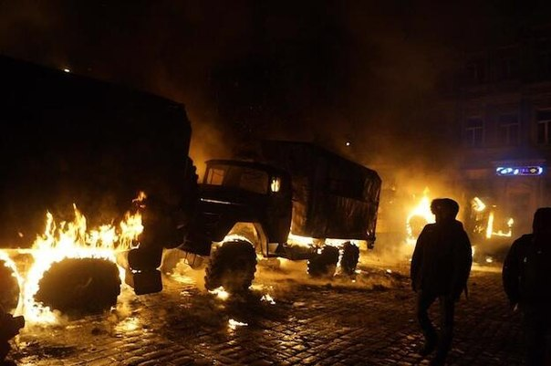 Масштабные Вече в Киеве, Львове и иных городах побуждают власть применить реальный террор, - Фарион - Цензор.НЕТ 9040
