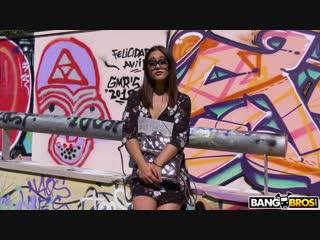 Bangbros - ginebra bellucci - having anal in public with ginebra [анальное порно, anal, publicagent, развод, на камеру]