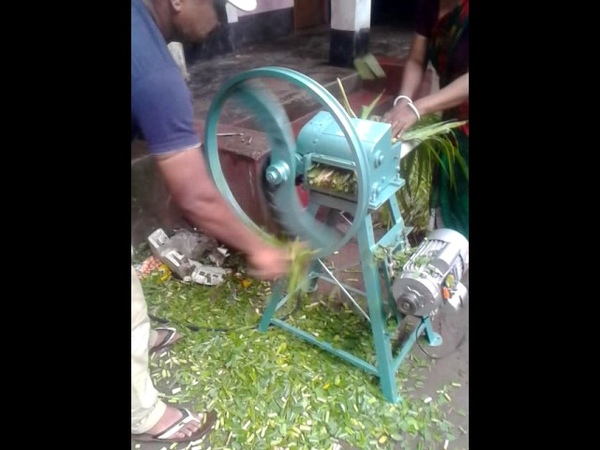 Chaff cutter machine