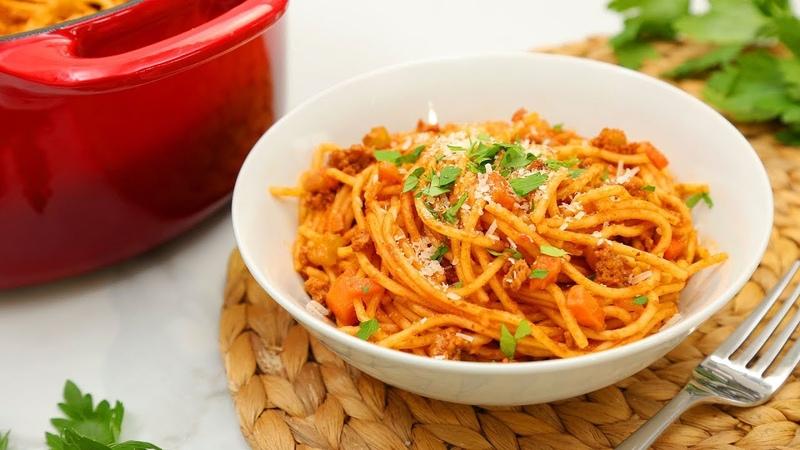 3 Delicious One Pot Pastas | Spaghetti Bolognese, Pesto Penne, Ham Swiss Farfalle!