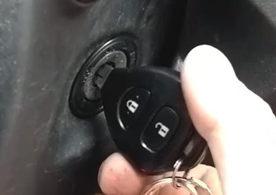 В практике эксплуатации автомобиля встречается ситуация, когда ключ не  поворачивается в замке зажигания. Как правило, этому предшествует некоторое  время, ... 1016c1d8a62
