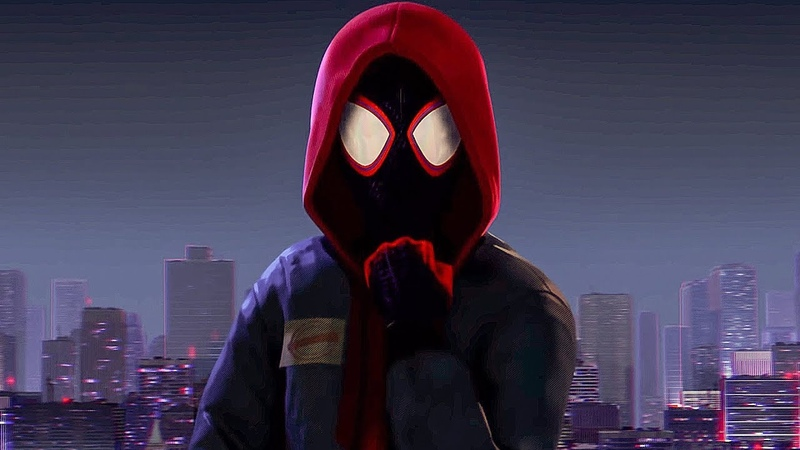 Майлз Моралес становится Человеком Пауком. Человек паук: Через вселенные. 2018