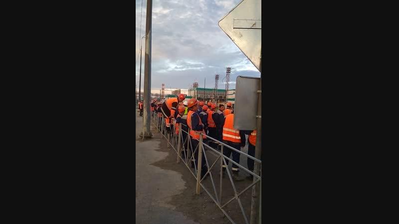 Тобольск посадка пассажиров на заводе Сибур кпп 1