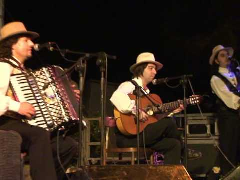 Alexian Santino Spinelli and Alexian Group 10/16 Folk russo Musica nelle Aie 2009 - Castel Raniero