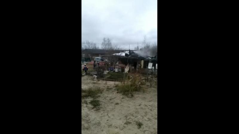 Пожар в поселке НГДУ. По предварительным данным погибли ребенок и женщина