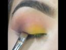 Яркий сочный макияж
