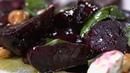 Большой завтрак Салат из запеченной свеклы базилика и козьего сыра