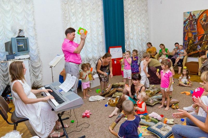 Концерти у ДХМ