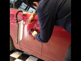 Как убирают вмятины на авто