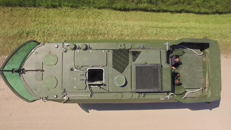 Гусеничная бронированная амфибийная машина KMW APVT (Amphibious Protected Vehicle Tracked)