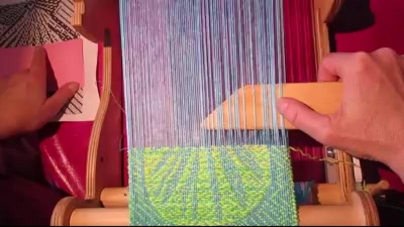 Демонстрация ткачества овершота произвольной формы