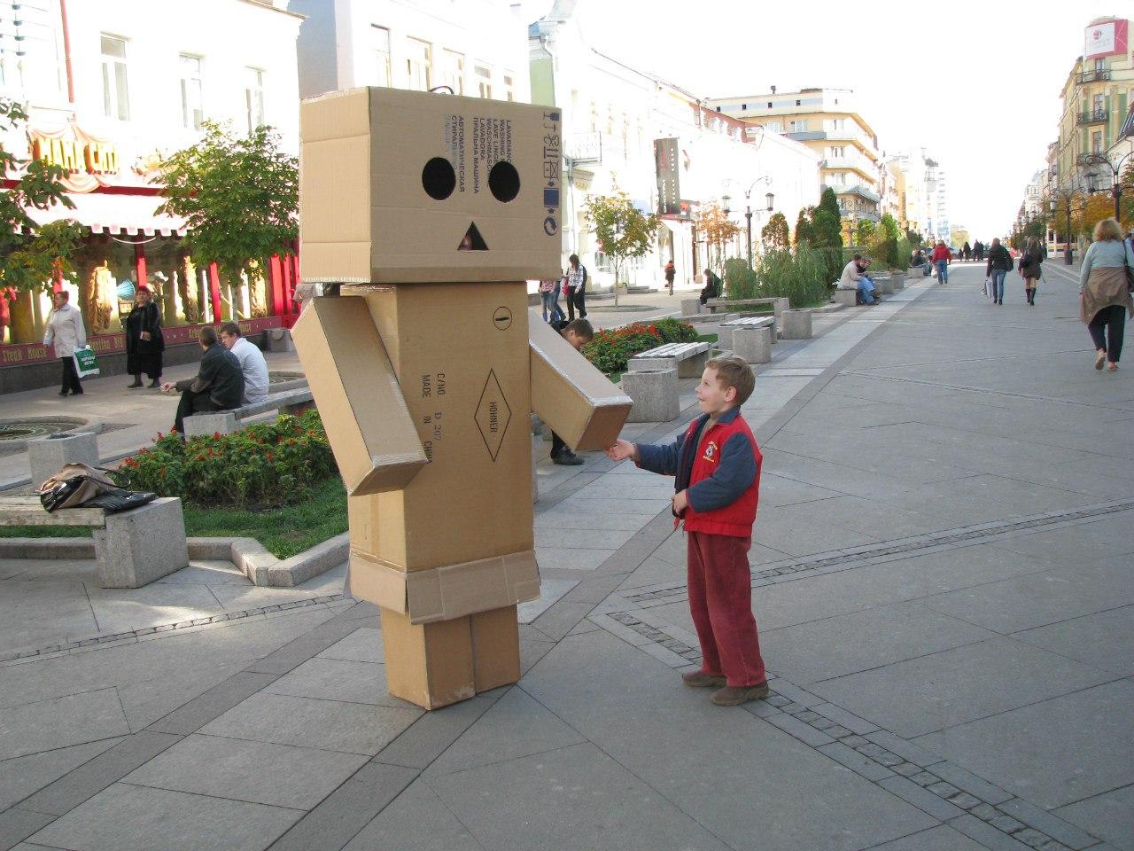 Как сделать робота своими руками из коробки