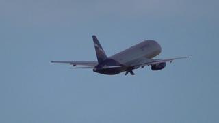Superjet 100-95 RA-89061 Аэрофлот. Взлет из Бегишево 01.05.18.