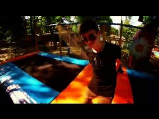 Jamal in trampoline SWAG1