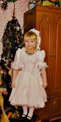 Иришка Соколова, 11 июля 1999, Вологда, id184746305