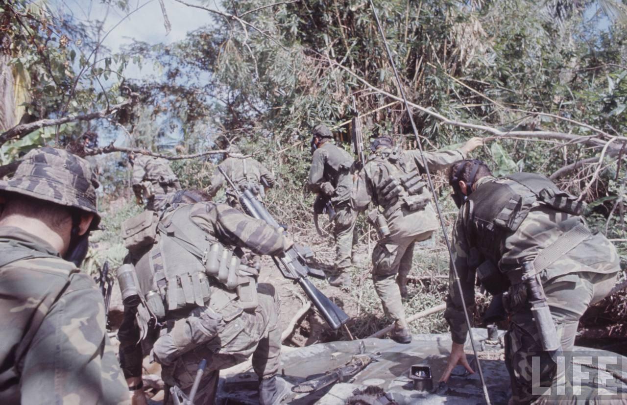 guerre du vietnam - Page 2 XfUFt0wEOGY