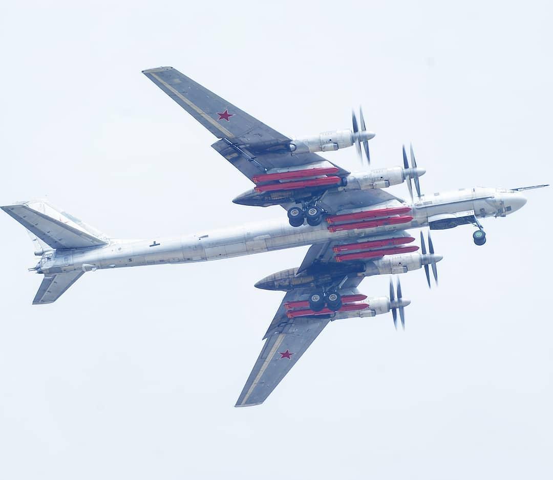 "Tu-95MS ""Bear"" - Page 3 RnzpHnqFe6U"